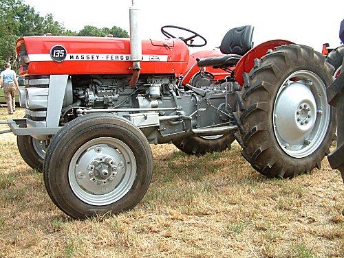 Massey Ferguson 135
